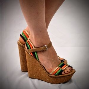 Enzo Angiolini multicolor wedge sandals